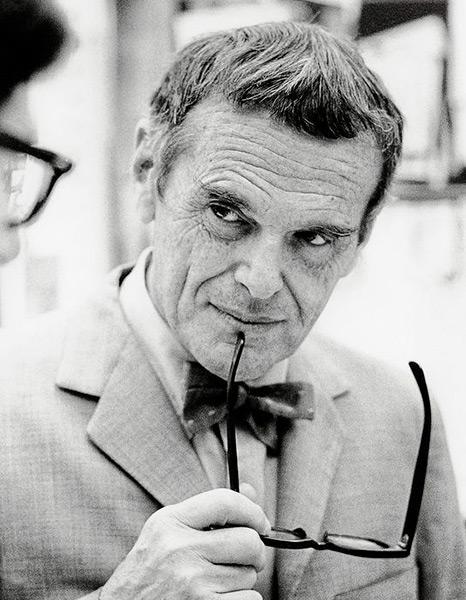 Imagén del diseñador Charles Eames